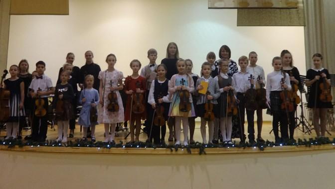Vijolnieku draudzības koncerts Juglas Mūzikas skolā